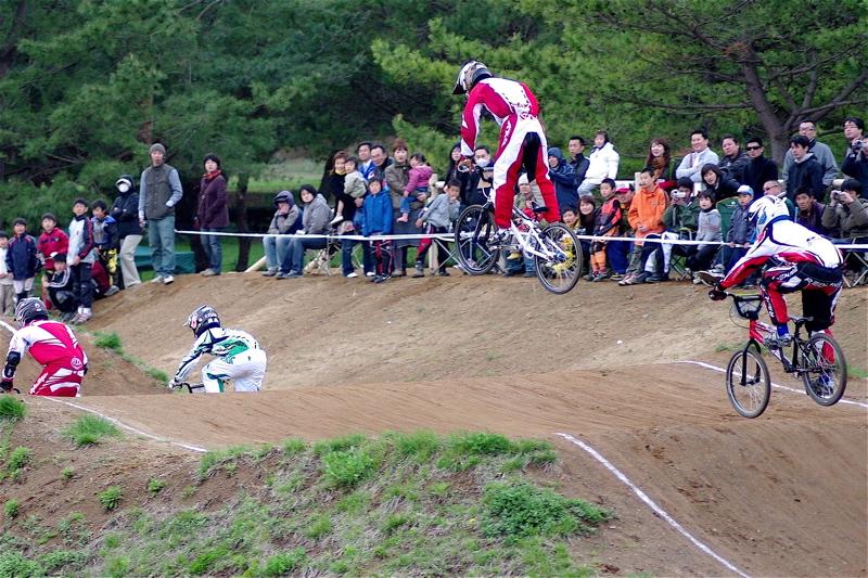 2008JBMXF全日本BMX選手権大会INひたちVOL13ボーイズ13&14、15&16クラス決勝_b0065730_12585629.jpg