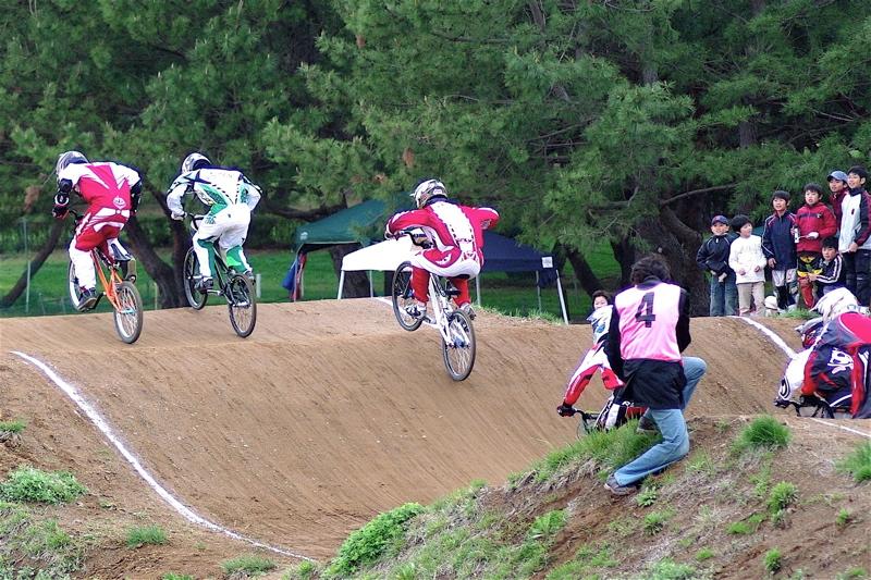 2008JBMXF全日本BMX選手権大会INひたちVOL13ボーイズ13&14、15&16クラス決勝_b0065730_12591189.jpg