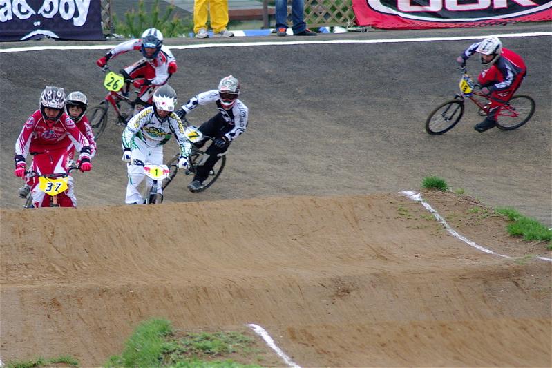 2008JBMXF全日本BMX選手権大会INひたちVOL13ボーイズ13&14、15&16クラス決勝_b0065730_130061.jpg