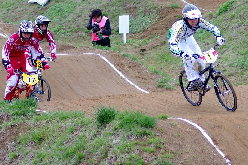 2008JBMXF全日本BMX選手権大会INひたちVOL13ボーイズ13&14、15&16クラス決勝_b0065730_1304089.jpg