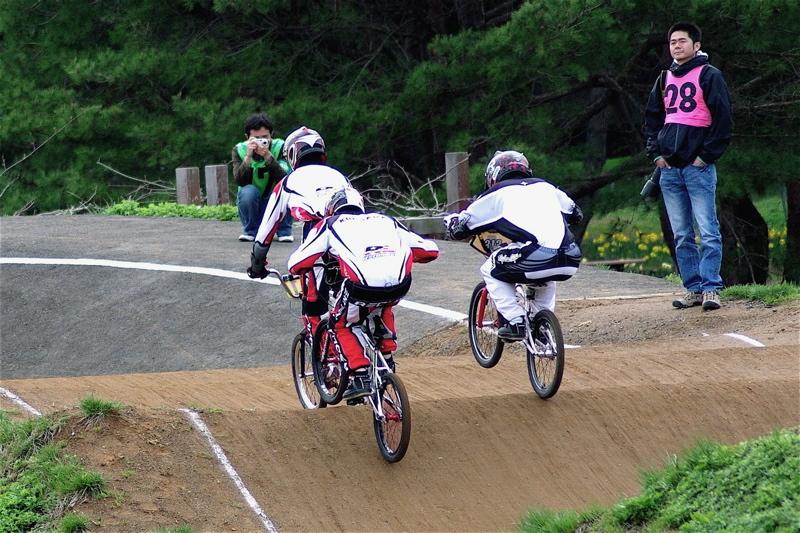 2008JBMXF全日本BMX選手権大会INひたちVOL13ボーイズ13&14、15&16クラス決勝_b0065730_13101644.jpg