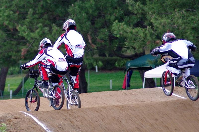 2008JBMXF全日本BMX選手権大会INひたちVOL13ボーイズ13&14、15&16クラス決勝_b0065730_1310291.jpg
