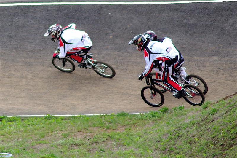 2008JBMXF全日本BMX選手権大会INひたちVOL13ボーイズ13&14、15&16クラス決勝_b0065730_13102939.jpg