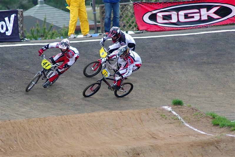 2008JBMXF全日本BMX選手権大会INひたちVOL13ボーイズ13&14、15&16クラス決勝_b0065730_13105785.jpg