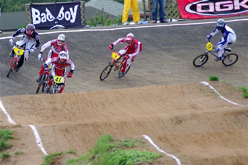 2008JBMXF全日本BMX選手権大会INひたちVOL13ボーイズ13&14、15&16クラス決勝_b0065730_13111216.jpg