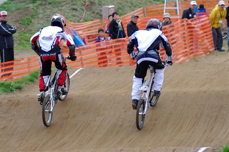 2008JBMXF全日本BMX選手権大会INひたちVOL13ボーイズ13&14、15&16クラス決勝_b0065730_13131350.jpg
