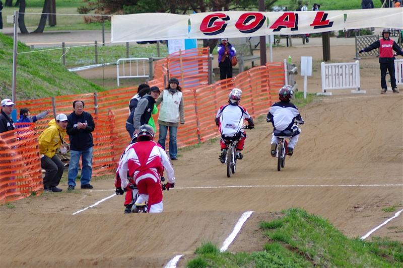 2008JBMXF全日本BMX選手権大会INひたちVOL13ボーイズ13&14、15&16クラス決勝_b0065730_13134031.jpg