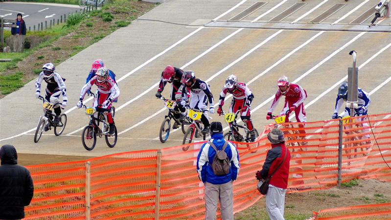 2008JBMXF全日本BMX選手権大会INひたちVOL13ボーイズ13&14、15&16クラス決勝_b0065730_1363568.jpg