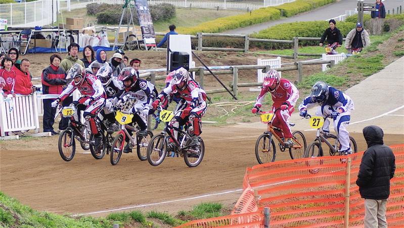 2008JBMXF全日本BMX選手権大会INひたちVOL13ボーイズ13&14、15&16クラス決勝_b0065730_1365421.jpg