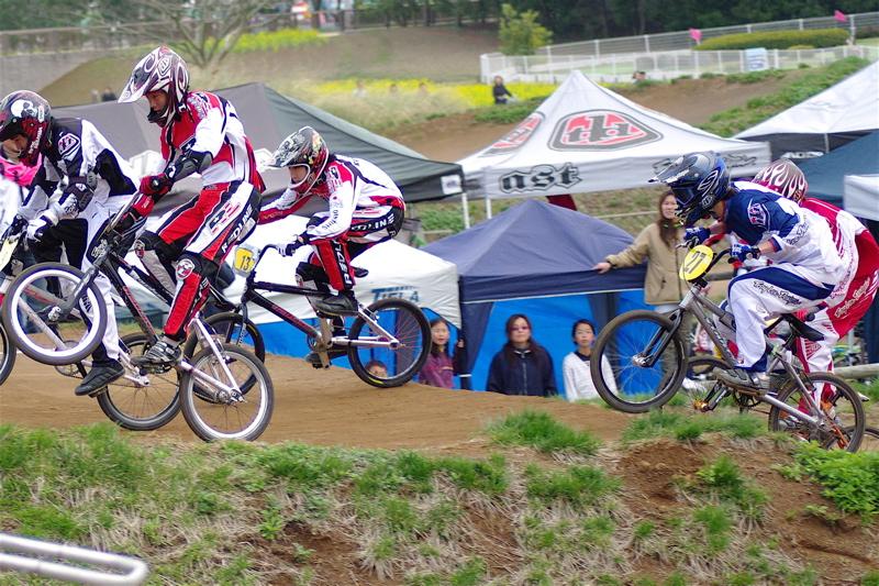 2008JBMXF全日本BMX選手権大会INひたちVOL13ボーイズ13&14、15&16クラス決勝_b0065730_1375473.jpg