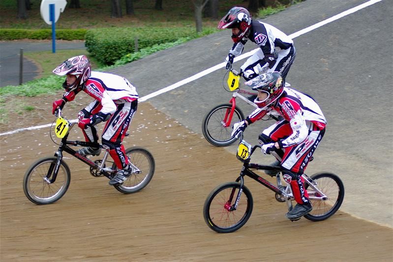 2008JBMXF全日本BMX選手権大会INひたちVOL13ボーイズ13&14、15&16クラス決勝_b0065730_1384146.jpg
