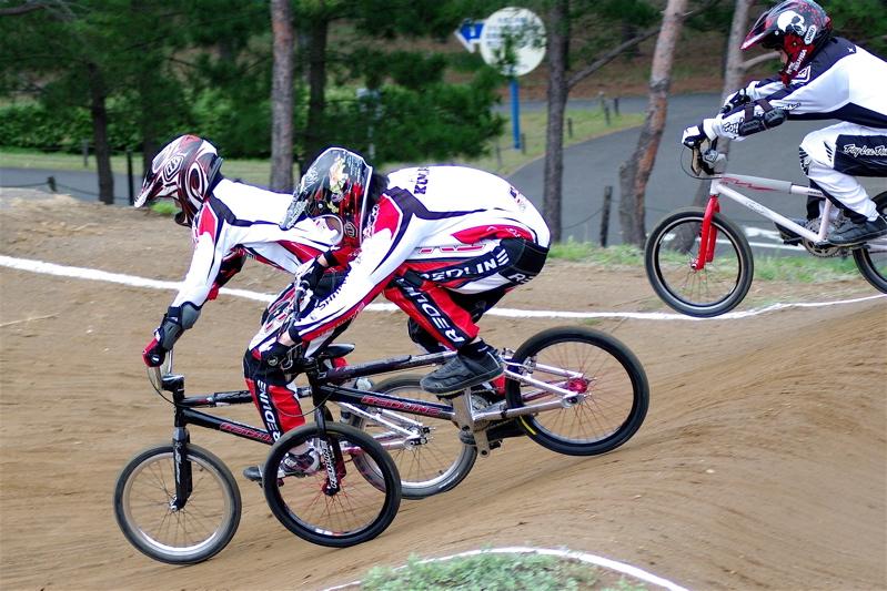 2008JBMXF全日本BMX選手権大会INひたちVOL13ボーイズ13&14、15&16クラス決勝_b0065730_139954.jpg