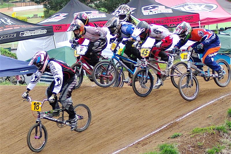 2008JBMXF全日本BMX選手権大会INひたちVOL14MEN17~29、30オーバークラス決勝_b0065730_19305044.jpg