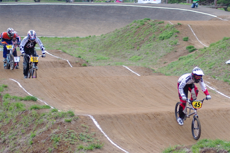 2008JBMXF全日本BMX選手権大会INひたちVOL14MEN17~29、30オーバークラス決勝_b0065730_19344381.jpg