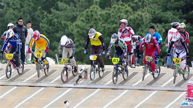 2008JBMXF全日本BMX選手権大会INひたちVOL14MEN17~29、30オーバークラス決勝_b0065730_19383559.jpg