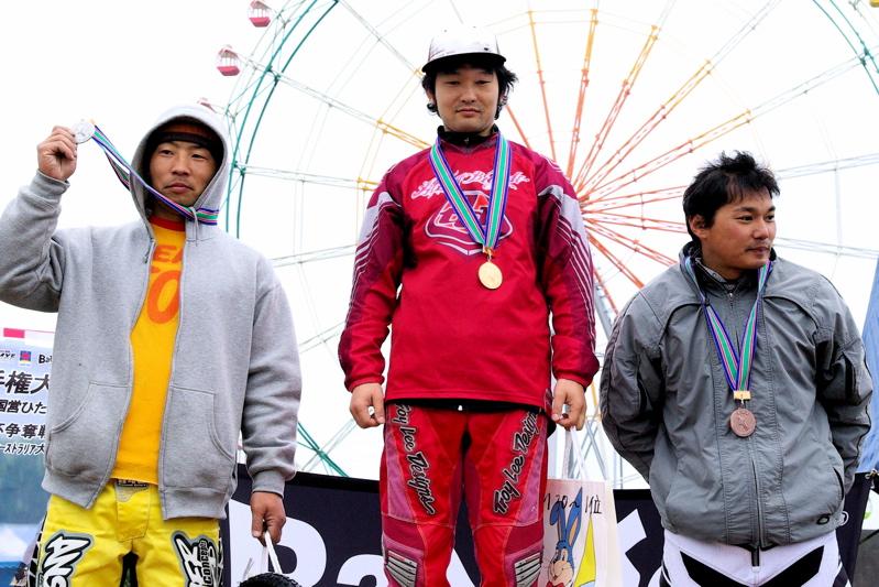 2008JBMXF全日本BMX選手権大会INひたちVOL14MEN17~29、30オーバークラス決勝_b0065730_19493297.jpg