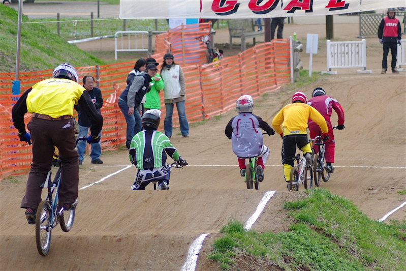 2008JBMXF全日本BMX選手権大会INひたちVOL14MEN17~29、30オーバークラス決勝_b0065730_1949921.jpg
