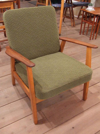 Easy chair (Denmark)_c0139773_19553839.jpg