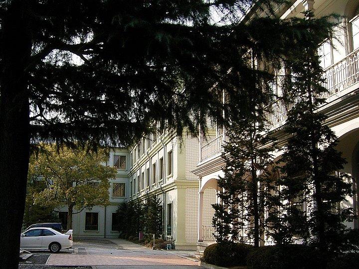 龍谷大学大宮学舎北黌_c0112559_15242128.jpg