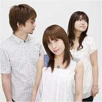 「うぇぶたま3」エンディングテーマROUND TABLE featuring Ninoが歌う『恋をしてる』6月25日発売!_e0025035_8565618.jpg