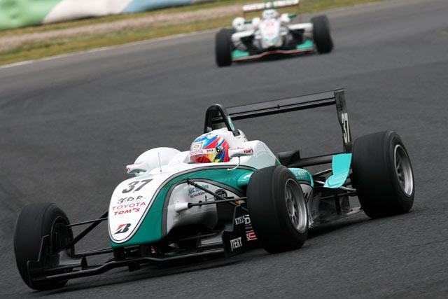 全日本F-3選手権 第3 オートポリス_e0139256_1849391.jpg