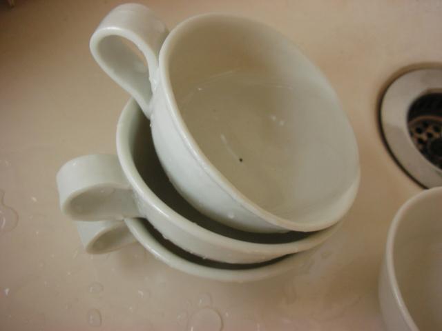 白いカップ_e0138627_23443985.jpg