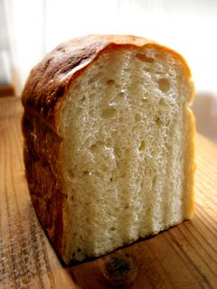 牛乳・豆乳各10%入りワンローフ食パン_c0110869_1027161.jpg