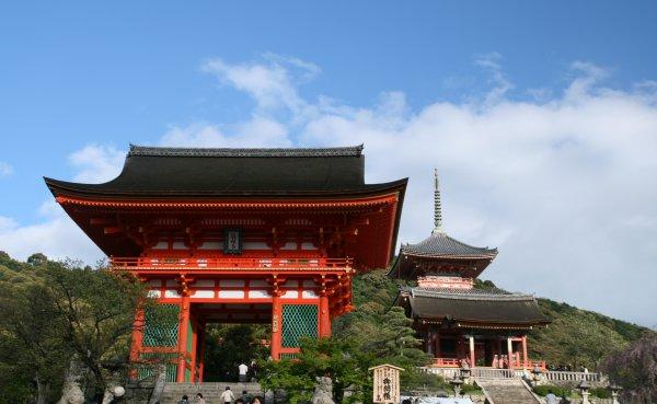 撮っておきの新緑・清水寺編②_d0030373_2025618.jpg