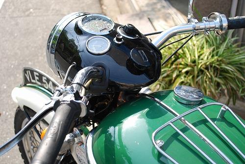 Triumph T110 (ワンテン)_f0164058_1614568.jpg