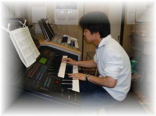 講師演奏練習・打ち合わせ・ゆうくん_e0040673_021334.jpg