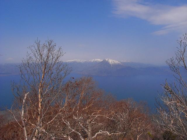 4月29日、風不死岳と樽前山_f0138096_19203348.jpg