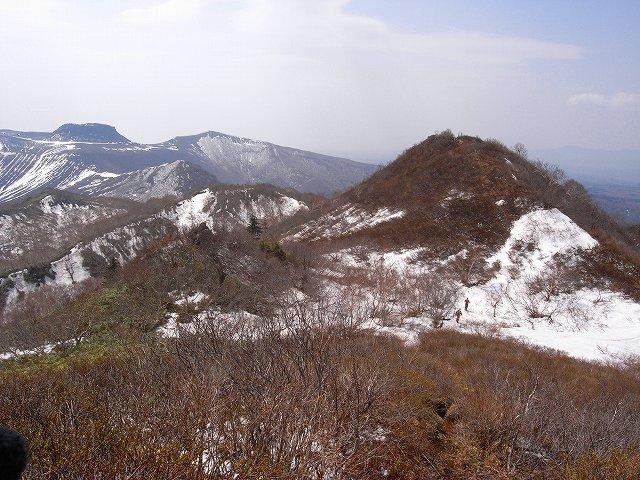 4月29日、風不死岳と樽前山_f0138096_192058100.jpg