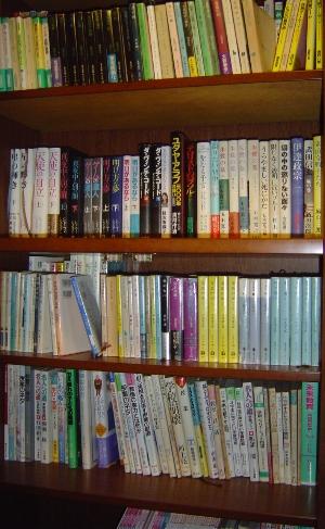 我が家の第一図書館_c0052304_4195650.jpg