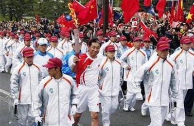 張景子への青山繁晴の罵倒と恫喝 - 朝日新聞の産経新聞化_b0087409_14384619.jpg