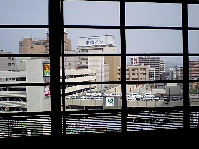 新幹線ホーム_e0012815_12252630.jpg