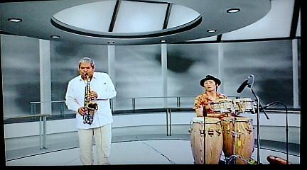 Cesar Lopez(CUBA)×KTa☆brasil セッション on NHK教育TV 3ch. 『テレビでスペイン語』_b0032617_14131231.jpg