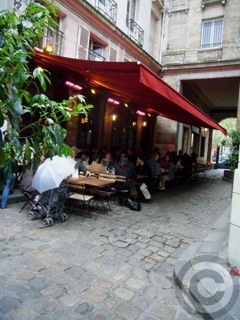 ■街角のキャフェ(パリ)_a0014299_2144521.jpg