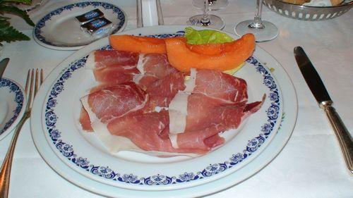 イタリア旅行・フィレンツェのサバティーニで歓迎されました♪③-7食べまくり 4日目  _d0083265_17545816.jpg