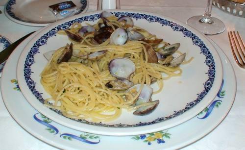 イタリア旅行・フィレンツェのサバティーニで歓迎されました♪③-7食べまくり 4日目  _d0083265_18311285.jpg