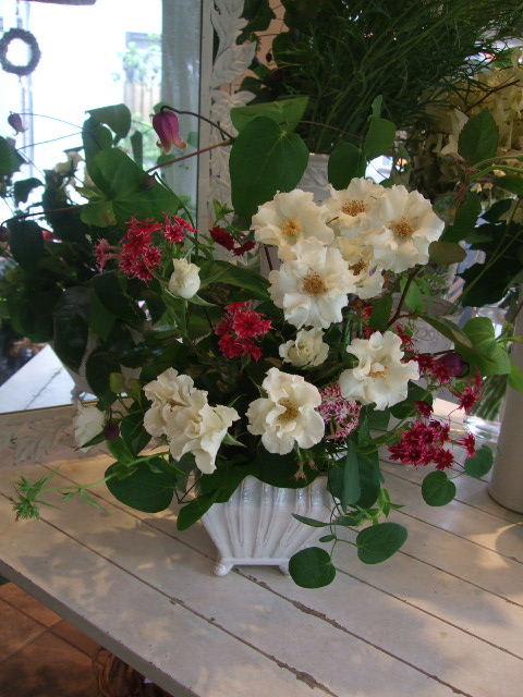 オークリーフ花の教室(中山さんの作品)_f0049672_1471696.jpg