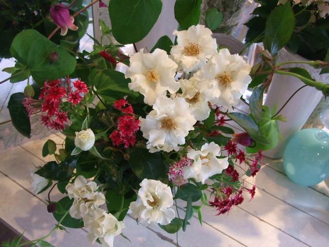 オークリーフ花の教室(中山さんの作品)_f0049672_1474568.jpg