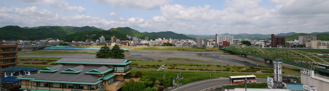 足利 鑁阿寺 4 山門と濠(ほり) _e0127948_1561099.jpg