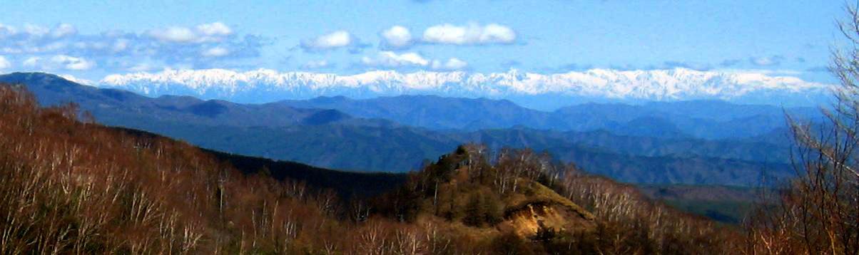 遠くに見えるは雪山_a0107574_19313284.jpg