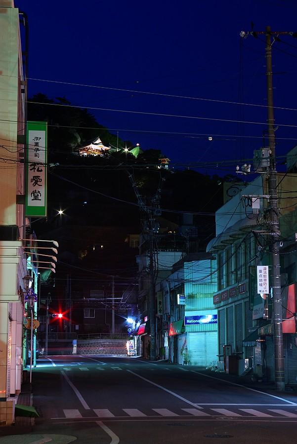 夕暮れの尾道町並み_c0152379_6232169.jpg