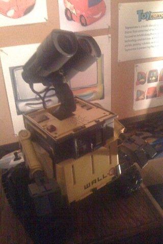 WALL・Eの実物_a0006681_5501998.jpg