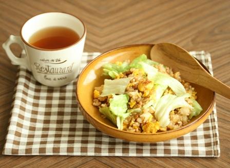 納豆とレタス