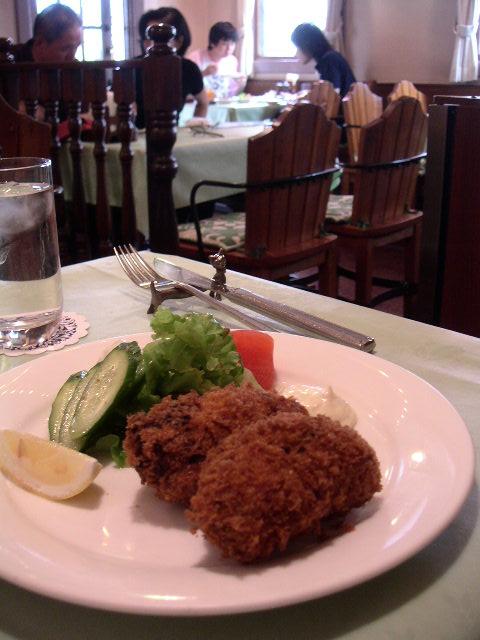 正統派の洋食屋さん 【レストラン小川】_e0146912_21202710.jpg