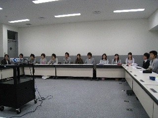学際ゼミ「学生ベンチャー創成塾」2008スタート_b0054727_082047.jpg
