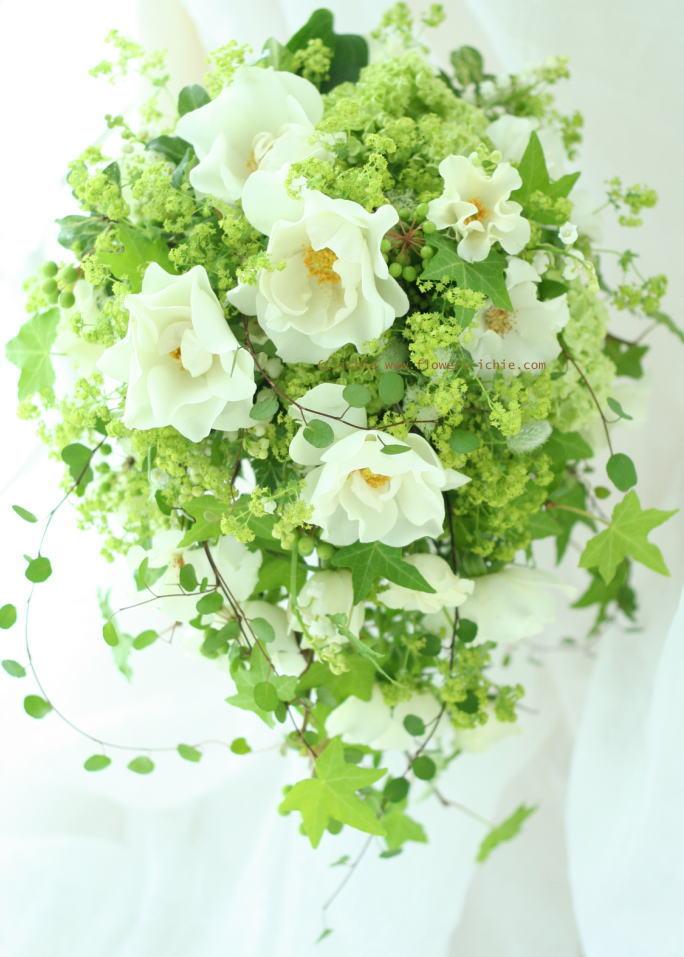 ブーケ オーバル みどりのしずく 横浜ガーデン様へ  _a0042928_22154988.jpg
