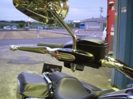 電気式スロットル&ABS車のハンドル交換!_c0133351_19484129.jpg